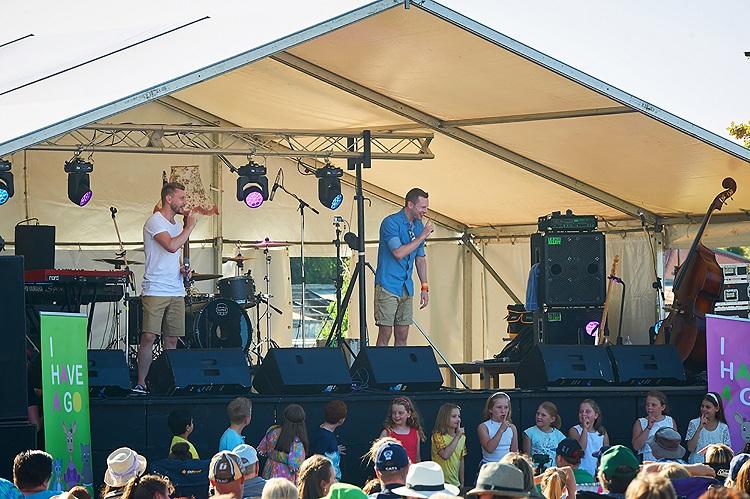Photo 3 Sean and Matthew quite small